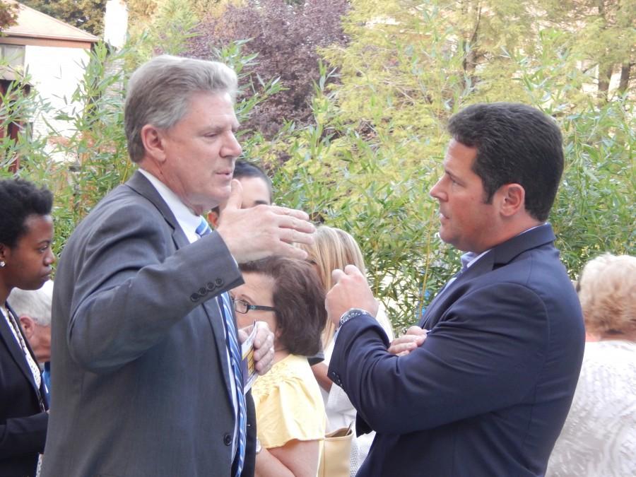 Frank Pallone, left, and Jon Hornik discuss Iran in Marlboro. (PolitickerNJ)
