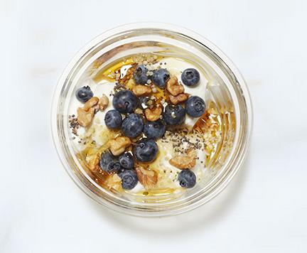 Blueberry + Power sweet yogurt creation at Chobani SoHo. Photo: www.chobani.com)
