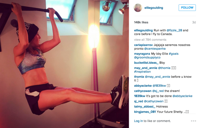 Ellie Goulding did a core workout. (Photo: Instagram/Ellie Goulding)