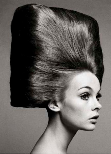 Jean Shrimpton. Hair by Alexandre, Paris, August 3, 1965. Photographed by Richard Avedon.