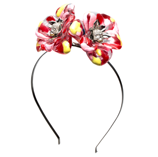 A floral headpiece from the collection. (Photo: Alexis Bittar)