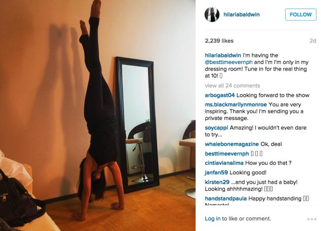 Hilaria Baldwin did a handstand. (Photo: Instagram/Hilaria Baldwin)