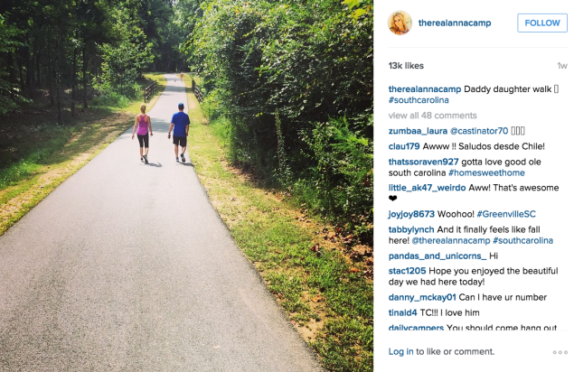 Anna Camp went for a walk with her dad. Photo: Instagram/Anna Camp)