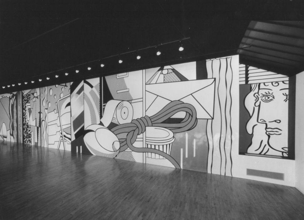 ROY LICHTENSTEIN Roy Lichtenstein's Greene Street Mural, 1983, installed at Leo Castelli Gallery, 142 Greene Street, New York, December 3, 1983–January 14, 1984. © Estate of Roy Lichtenstein. Courtesy Castelli Gallery and Gagosian Gallery.