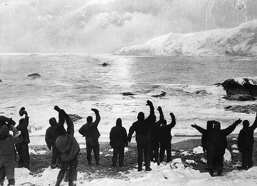 """""""All Safe All Well"""" by Frank Hurley (Wikimedia Commons)"""
