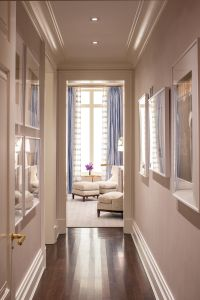 20 East End Avenue offers floor plans reminiscent of those of the grand buildings of the early 20th century.
