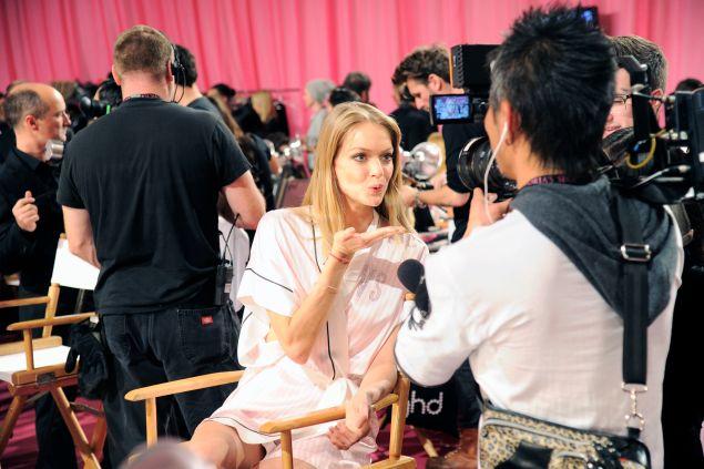 Lindsay Ellingson== 2013 VICTORIA'S SECRET Fashion Show - Backstage== NY State Armory, 643 Park Ave, New York, NYC== November 13, 2013== ©Patrick McMullan== photo - Nicholas Hunt/PatrickMcMullan.com== ==