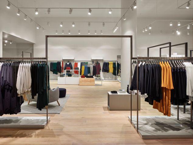 The COS Fifth Avenue Shop (Photo: Courtesy COS).