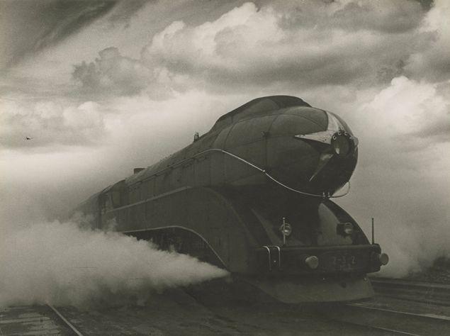 Arkady Shaikhet's Gelatin silver print Express, 1939. (Photo: Courtesy of Nailya Alexander Gallery, New York and the Jewish Museum)