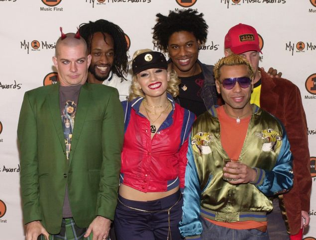 "382643 15: The group ""No Doubt"" arrives at the ""My VH1 Music Awards"" November 30, 2000 at the Shrine Auditorium in Los Angeles, CA. (Photo by Chris Weeks/Liaison)"