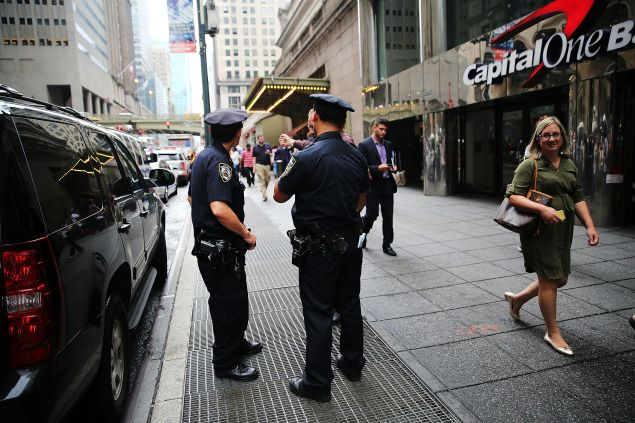 NYPD officers in Manhattan. (Photo: Spencer Platt for Getty Images)