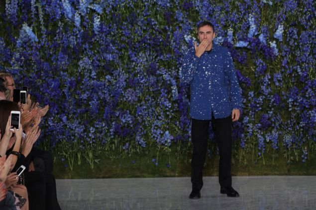 Raf Simons at his last runway show (Photo: Antonio de Moraes Barros Filho/WireImage).