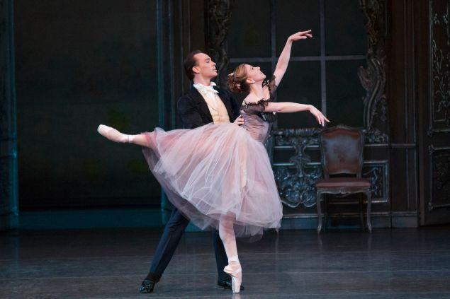 Jennie Somogyi and Tyler Angle, George Balanchine's Liebeslieder Walzer. (Photo: © The George Balanchine Trust, New York City Ballet, photo by Paul Kolnik)