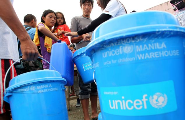 UNICEF and partners hand out supplies in the Philippines.