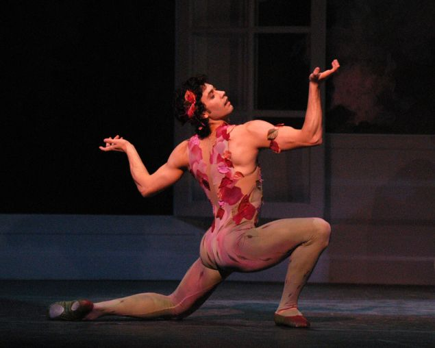 Herman Cornejo in Le Spectre de la Rose. (Photo: Marty Sohl)