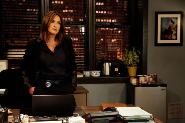 """LAW & ORDER: SPECIAL VICTIMS UNIT -- """"Maternal Instincts"""" -- Pictured: Mariska Hargitay as Lieutenant Olivia BensonÊ-- (Photo by: Will Hart/NBC)"""