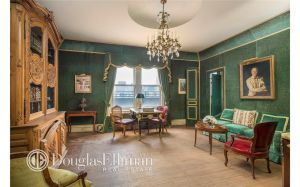 It seems like a Versailles-vibe is being attempted here. (Douglas Elliman)