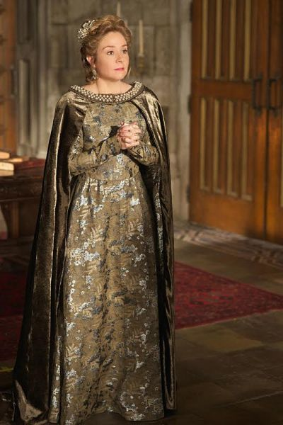 "Photo 7: On Catherine- Custom gown and cape, Crown: Deborah Moreland. Reign -- ""Burn"" -- Image Number: RE222a_0183.jpg -- Pictured: Megan Follows as Catherine de Medici -- Photo: Sven Frenzel/The CW -- © 2015 The CW Network, LLC. All rights reserved."