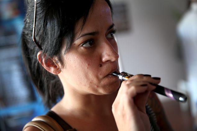 Top US Tobacco Companies Enter E-Cigarette Market