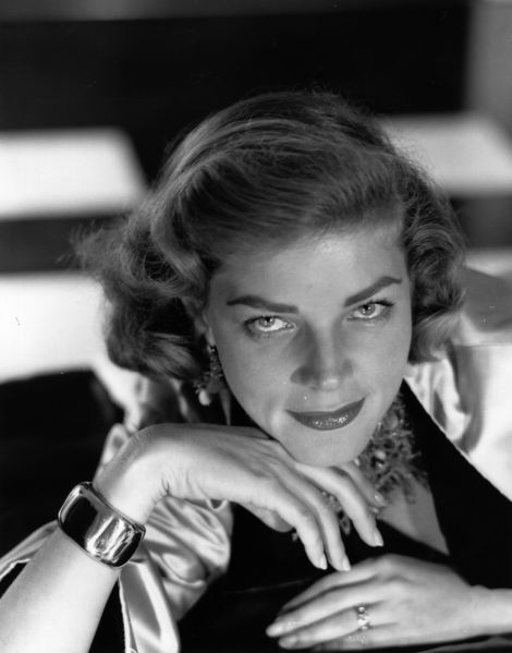 Legendary film star Lauren Bacall's former Dakota apartment has new owners. (Baron/Getty Images)