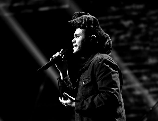 The Weeknd in performance (Photo: Kevin Winter/Getty Images for iHeartMedia).