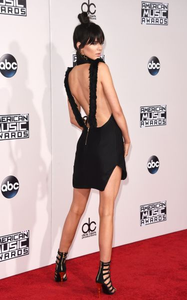 Kendall Jenner in Oriett Domenech and Balmain shoes (Photo: Getty Images).