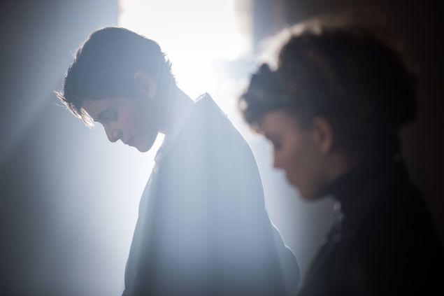 GOTHAM: L-R: David Mazouz and Camren Bicondova in the ÒRise of the Villains: The Son of GothamÓ episode of GOTHAM airing Monday, Nov. 23 (8:00-9:00 PM ET/PT) on FOX. ©2015 Fox Broadcasting Co. Cr: Jeff Neumann/ FOX