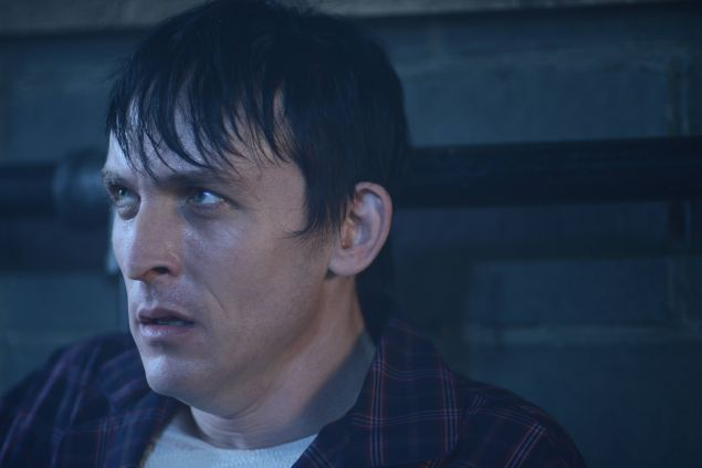 GOTHAM: L-R: Robin Lord Taylor in the ÒRise of the Villains: A Bitter Pill to SwallowÓ episode of GOTHAM airing Monday, Nov. 16 (8:00-9:00 PM ET/PT) on FOX. ©2015 Fox Broadcasting Co. Cr: Nicole Rivelli/ FOX