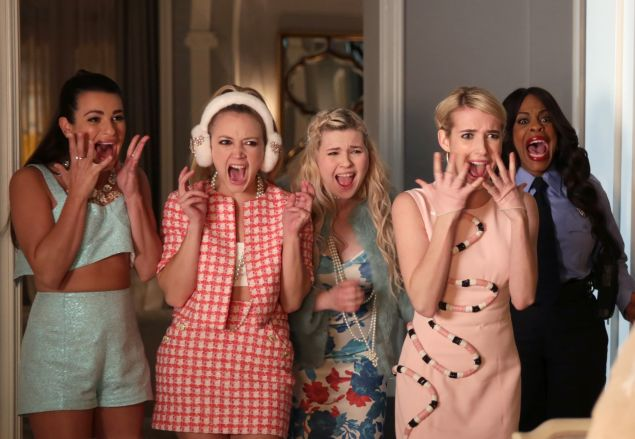 "SCREAM QUEENS: L-R: Lea Michele, Billie Lourd, Abigail Breslin, Emma Roberts and Niecy Nash in the ""Mommie Dearest"" episode of SCREAM QUEENS airing Tuesday, Nov. 10 (9:00-10:00 PM ET/PT) on FOX. ©2015 Fox Broadcasting Co. Cr: Patti Perret/FOX."