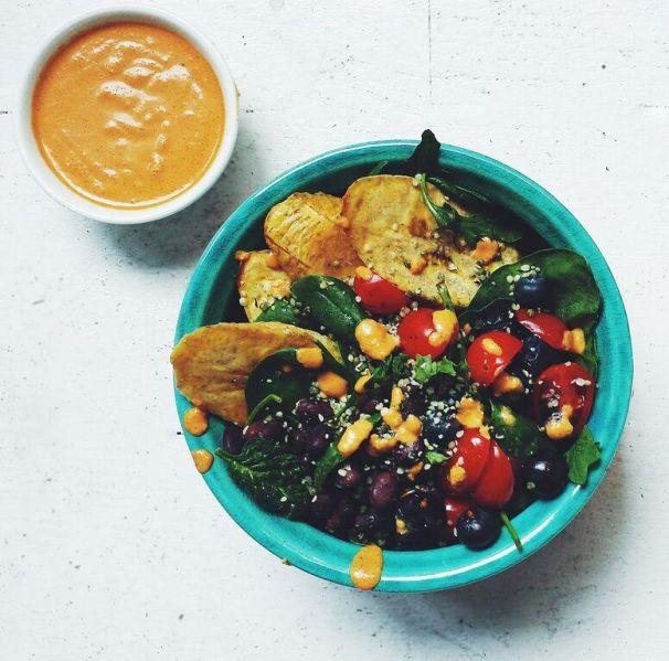 Some Sakara goodies (Photo: Courtesy Sakara Life).
