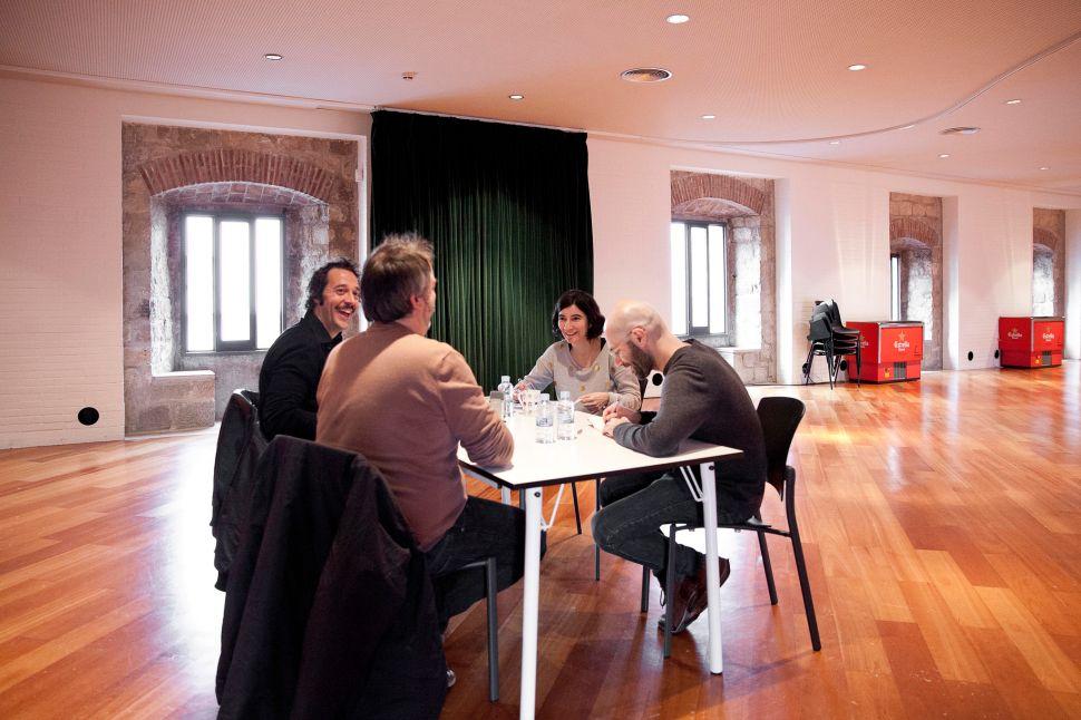 Xavier Bassas, Lluc Mayol, Lluís Nacenta i Anna Ramos en plena conversa sobre el podcasting, el documental i la ficció