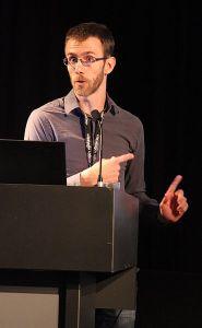 Aaron Halfaker at Wikimania 2014 in London. (Photo: Ziko / WikiCommons)