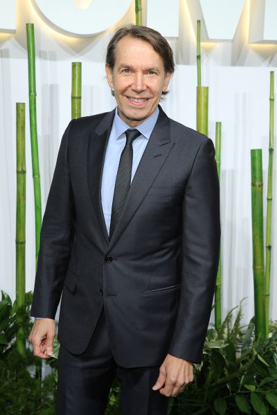 NEW YORK, NY - JUNE 02: Artist Jeff Koons attends the Museum Of Modern Art's 2015 Party In The Garden at Museum of Modern Art on June 2, 2015 in New York City. (Photo by Neilson Barnard/Getty Images)