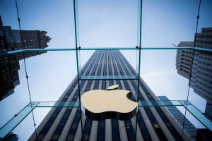 Apple relies on Karbo Communications for its California marketing needs. (Photo by Eric Thayer/Getty Images)