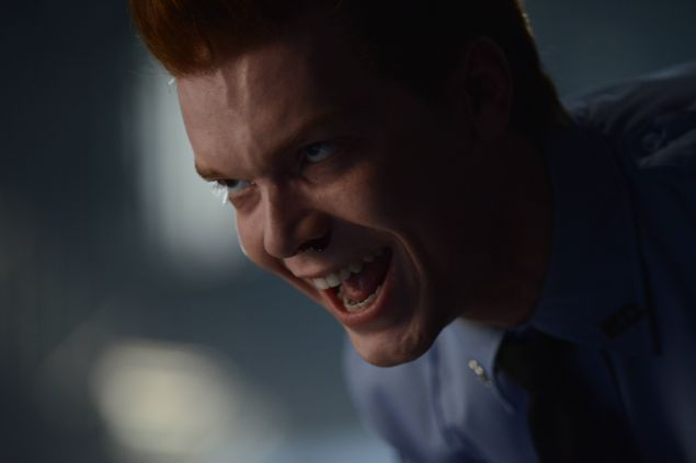 GOTHAM: Jerome Valeska (guest star Cameron Monaghan) in the Rise of the Villains: ÒKnock, KnockÓ episode of GOTHAM airing Monday, Sept. 28 (8:00-9:00 PM ET/PT) on FOX. ©2015 Fox Broadcasting Co. Cr: Nicole Rivelli/FOX.