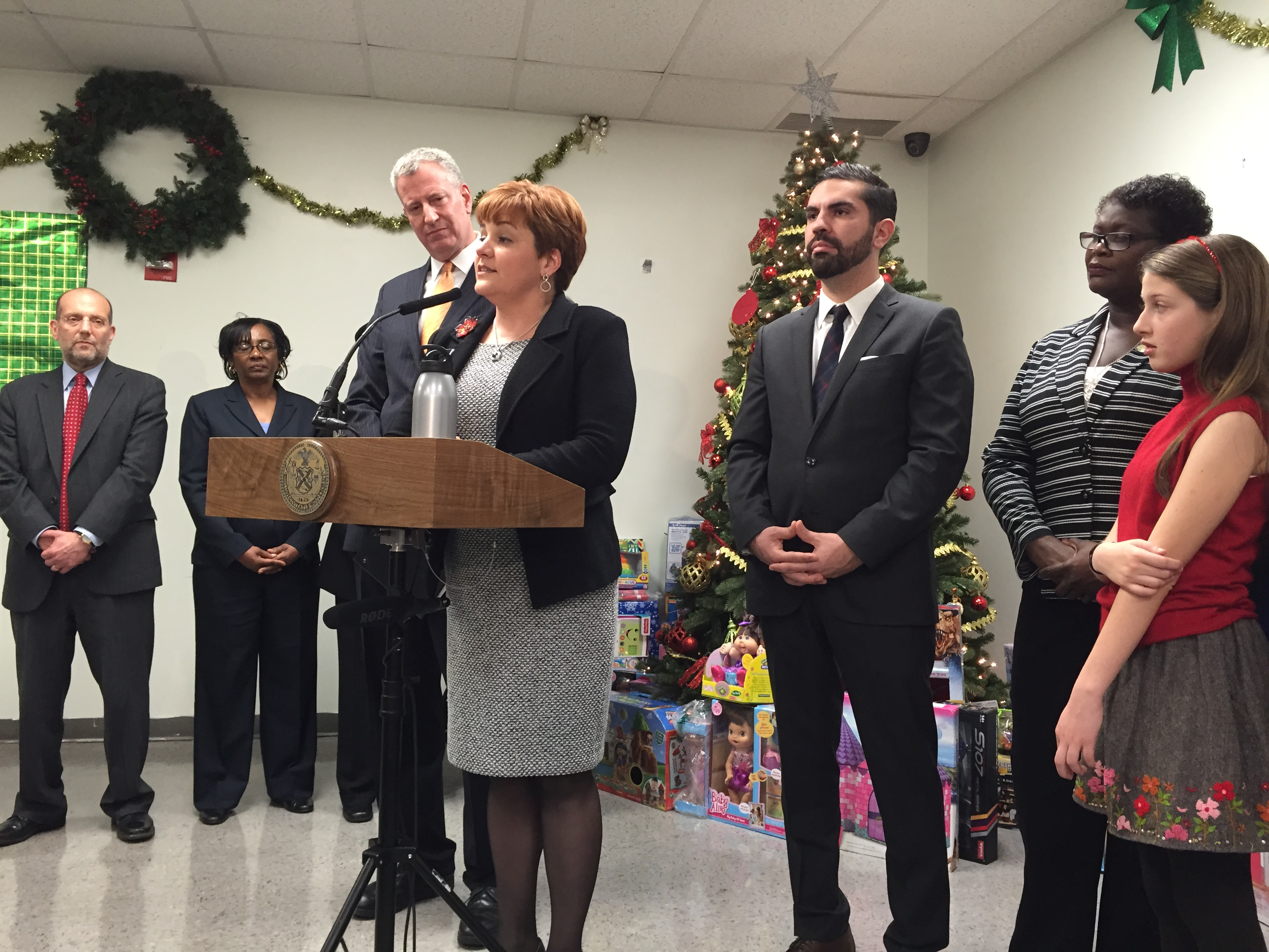 Former Council Speaker Christine Quinn joined Mayor Bill de Blasio for a press conference at a homeless shelter today. (Photo: Jillian Jorgensen for Observer)