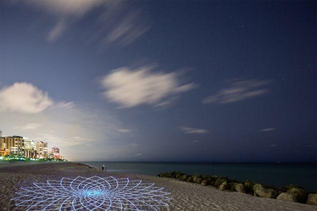 Jim Denevan, Solar Light Geometry, 2015. (Courtesy Faena Art, Miami Beach)