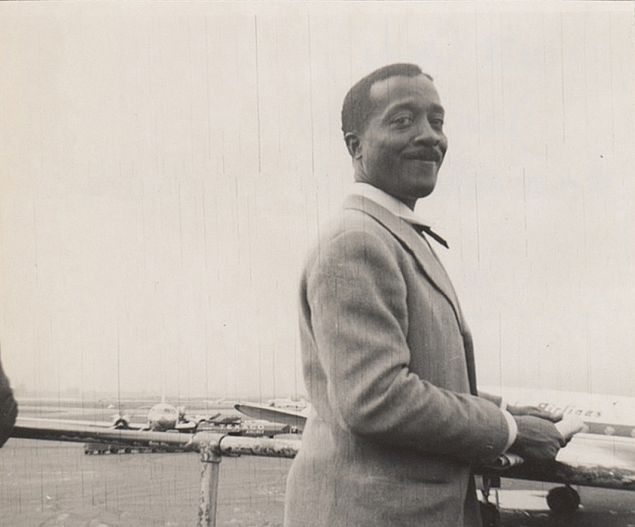 Norman Lewis, June 1951, Laguardia Airport. (Courtesy: The Jewish Museum)