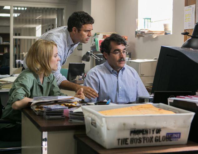 Rachel McAdams, Mark Ruffalo and Brian d'Arcy in Spotlight.