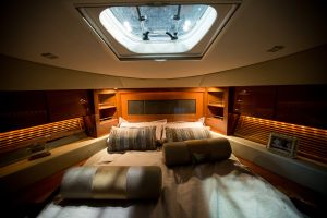 Interior of the Sea Ray 510 Sundancer (Photo: Michael Nagle for Observer)
