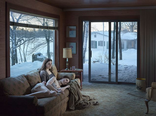 Gregory Crewdson, Mother and Daughter, 2014. (© Gregory Crewdson. Courtesy Gagosian Gallery)