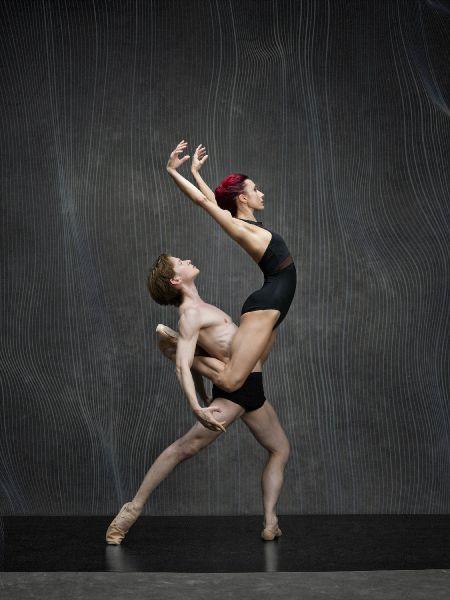 Daniil Simkin and Céline Cassone in Islands of Memories.