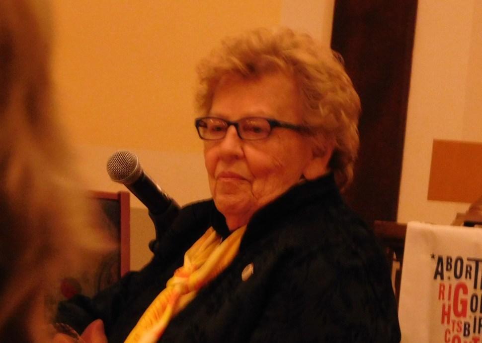 Weinberg represented Clinton.