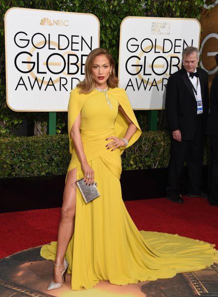 Jennifer Lopez in Giambattista Valli (Photo: Valerie Macon/AFP/Getty Images).