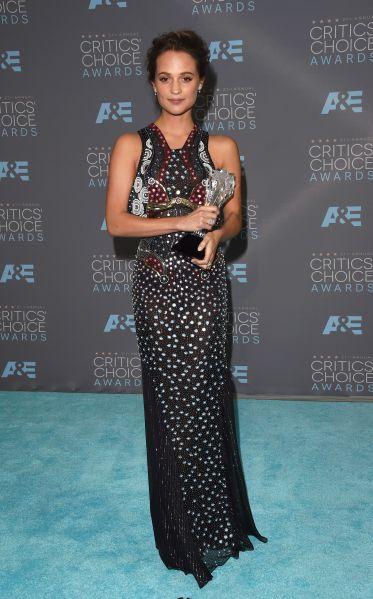 Alicia Vikander in Mary Katrantzou (Photo: Getty Images).