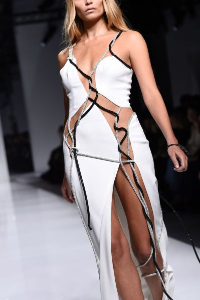 A sporty detail at Atelier Versace (Photo: Miguel Medina/AFP/Getty Images)