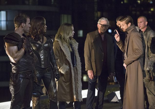 """DC's Legends of Tomorrow -- """"Pilot, Part 1"""" -- Image LGN101d_0288b -- Pictured (L-R): Falk Hentschel as Carter Hall/Hawkman, Ciara Renee as Kendra Saunders/Hawkgirl, Caity Lotz as Sara Lance, Victor Garber as Professor Martin Stein, Wentworth Miller as Leonard Snart/Captain Cold, Arthur Darvill as Rip Hunter and Dominic Purcell as Mick Rory/Heat Wave -- Photo: Jeff Weddell/The CW -- © 2015 The CW Network, LLC. All Rights Reserved."""