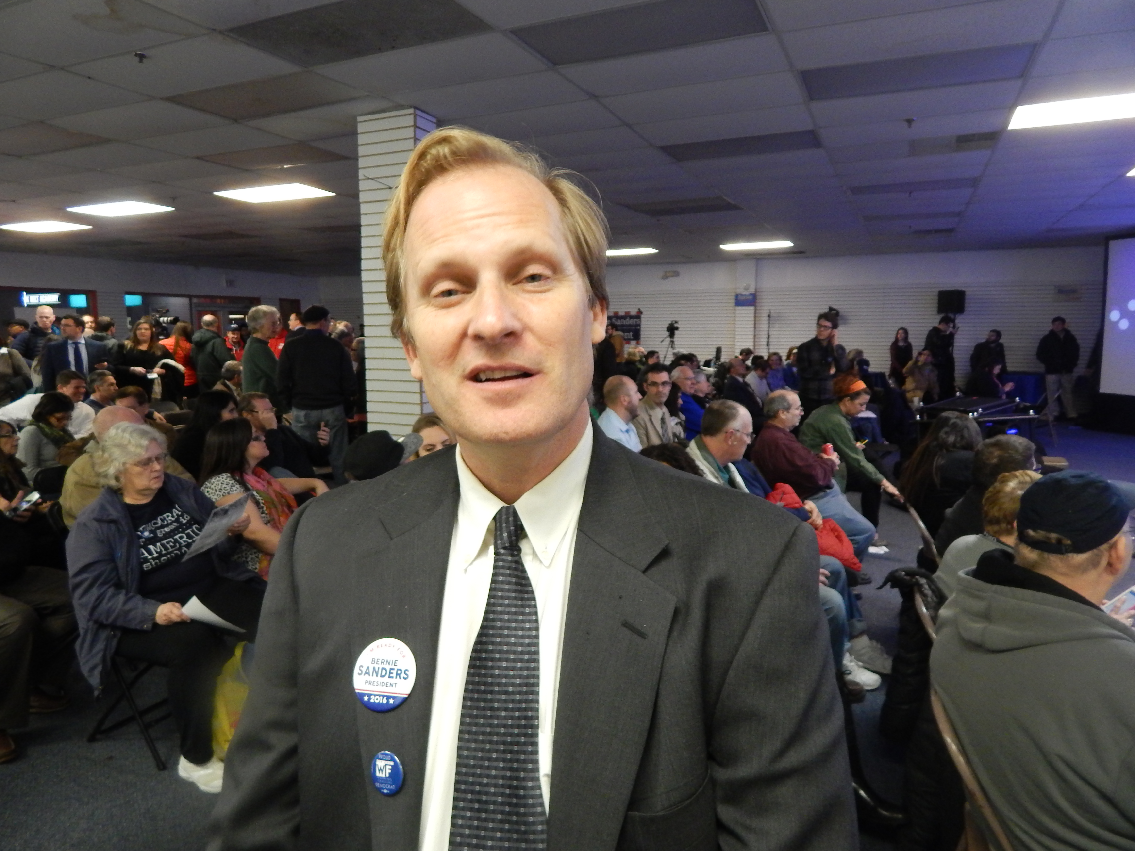 Richard McFarlane is eyeing the 11th congressional district.