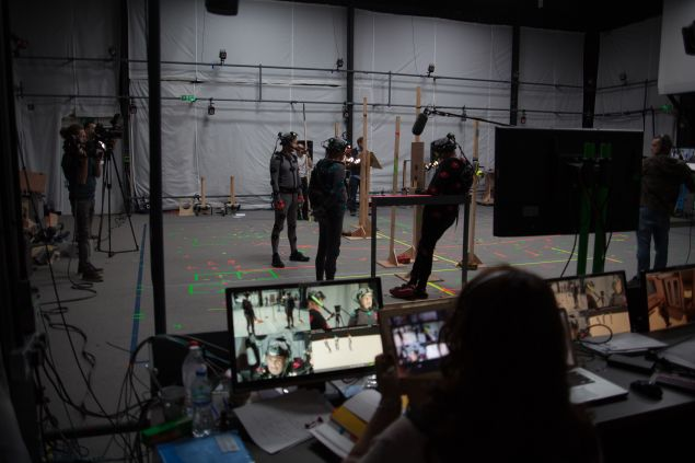 Crew watches recordings of actors live, on set. (Photo: Courtesy of Cloud Imperium)