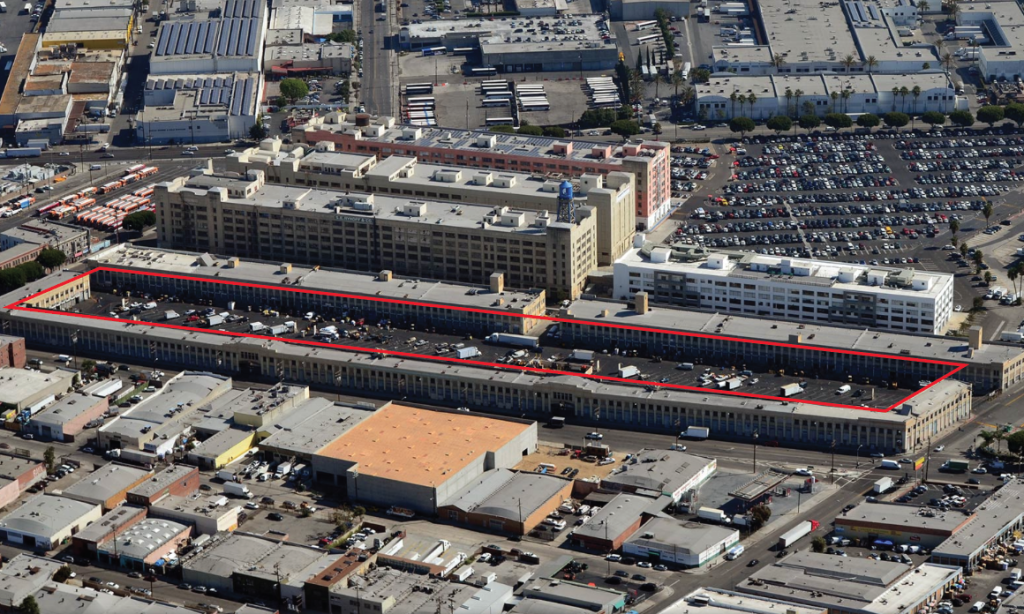 une 2016, on the five-acre site of the weekday Alameda Produce Market in Downtown Los Angeles.(Photo: Smorgasburg).